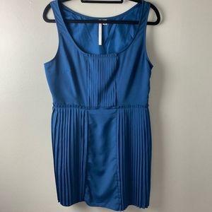 Lauren Conrad Blue Sleeveless Dress Size 16